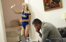 Blonde Lola Shine interrupts her boyfriend's nap with rimming