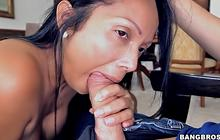 Busty Latina maid Casandra X giving head